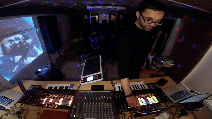 DJ Swami at the Decks - Punjabtronix image