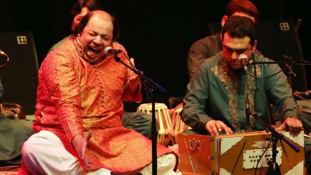 Rizwan-Muazzam performing Qawwali in March 2017
